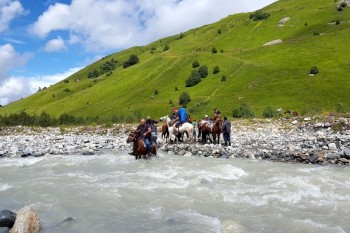 Hike along Svaneti mountains. #Mestia Mulakhi # Jabeshi # Adishi # Chhunderi pass(2650m) # valley of river Chhundeli # Karreta pass # valley of Inguri river # glacier Shhara # Ushguli village #Svaneti #review #trekking #travel #4 days